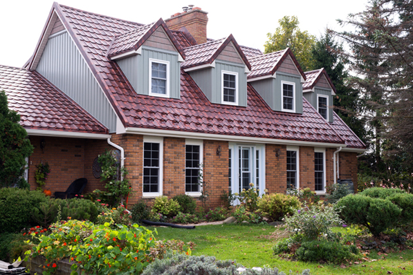 Comparing Aluminum and Steel Roofing
